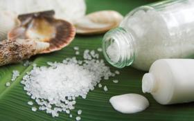 Соль для очищения, питания и омоложения кожи